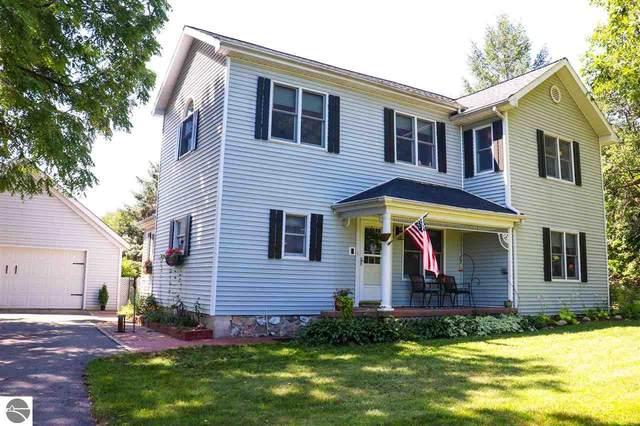 933 W Deerfield Road, Mt Pleasant, MI 48858 (MLS #1878476) :: Michigan LifeStyle Homes Group