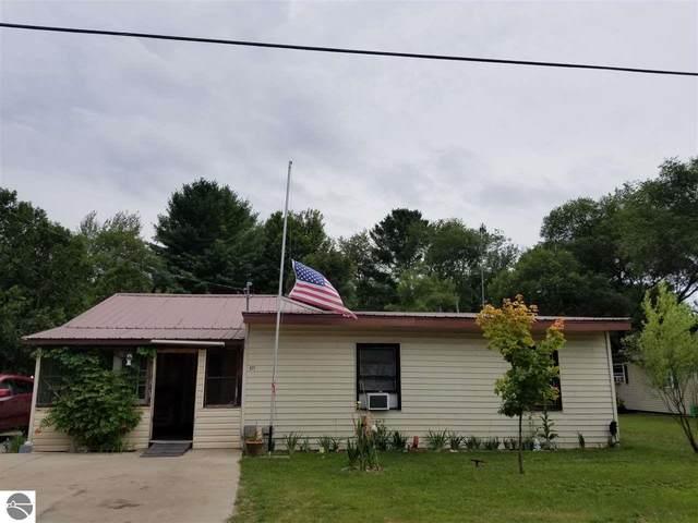 423 Mack, Kingsley, MI 49649 (MLS #1878485) :: Michigan LifeStyle Homes Group