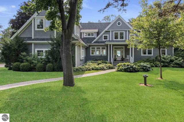 8518 S Lakeview Road, Traverse City, MI 49684 (MLS #1878522) :: Michigan LifeStyle Homes Group