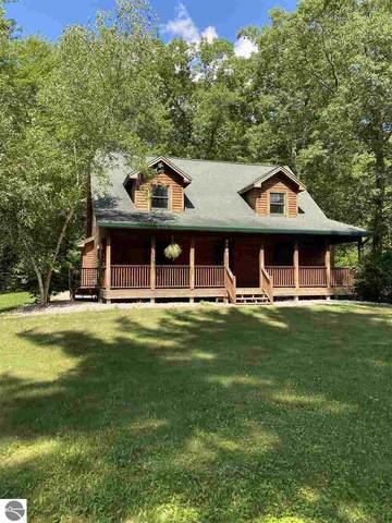 6189 SE Sandhill Crane Way, Kalkaska, MI 49646 (MLS #1878525) :: Michigan LifeStyle Homes Group