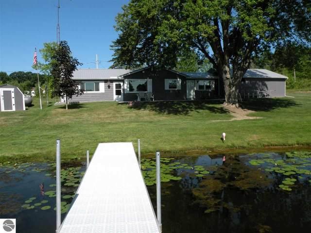 3131 Windsor Drive, Gladwin, MI 48624 (MLS #1878561) :: CENTURY 21 Northland