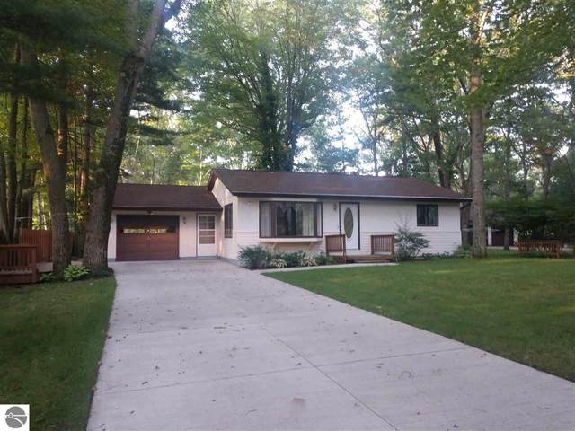 5322 W Bessinger Road, Au Gres, MI 48703 (MLS #1878577) :: Brick & Corbett