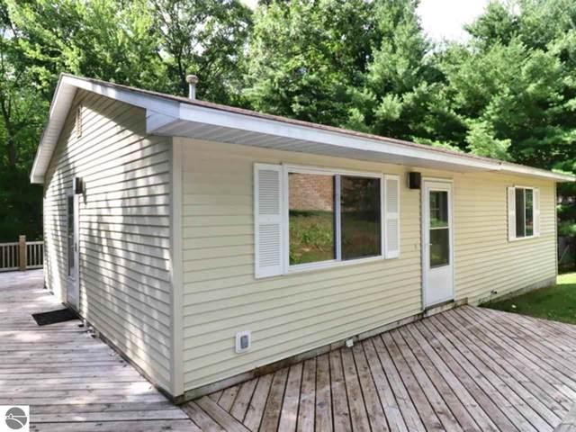 20894 Red Oak Drive, Lake Ann, MI 49650 (MLS #1878925) :: Michigan LifeStyle Homes Group