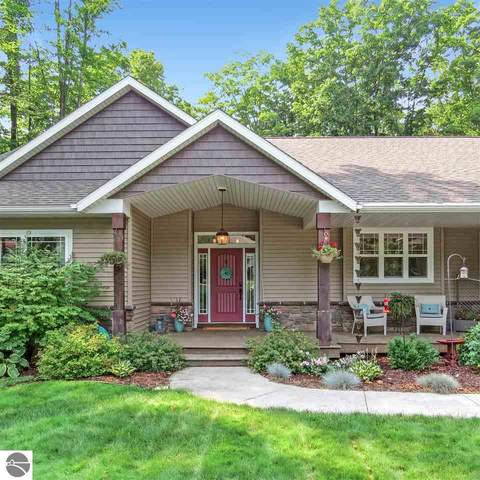 2625 Blue Meadow Drive, Traverse City, MI 49685 (MLS #1879199) :: CENTURY 21 Northland