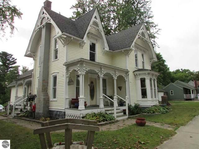 109 W Main Street, Edmore, MI 48829 (MLS #1879222) :: Brick & Corbett