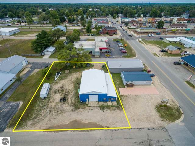 402 Pine Street, Kalkaska, MI 49646 (MLS #1879305) :: Team Dakoske | RE/MAX Bayshore