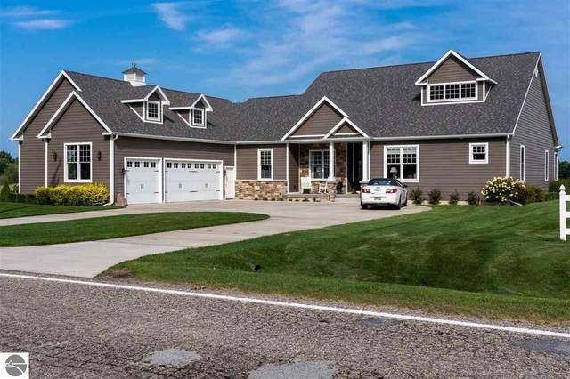 1409 S Chippewa  Road, Mt Pleasant, MI 48858 (MLS #1879367) :: Brick & Corbett