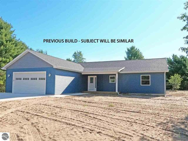 2609 Algonquin, Interlochen, MI 49643 (MLS #1879390) :: Michigan LifeStyle Homes Group
