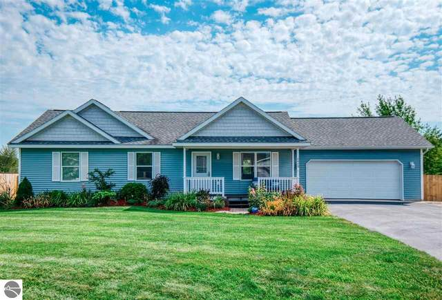 2449 Woodcock Lane, Traverse City, MI 49685 (MLS #1879405) :: Michigan LifeStyle Homes Group