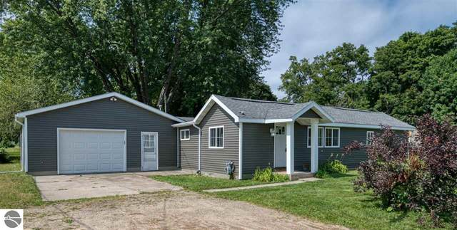 206 Charles, Elk Rapids, MI 49629 (MLS #1879406) :: Team Dakoske | RE/MAX Bayshore