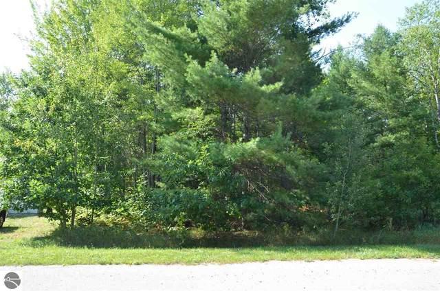 2200 NE Driftwood, Kalkaska, MI 49646 (MLS #1879419) :: Michigan LifeStyle Homes Group