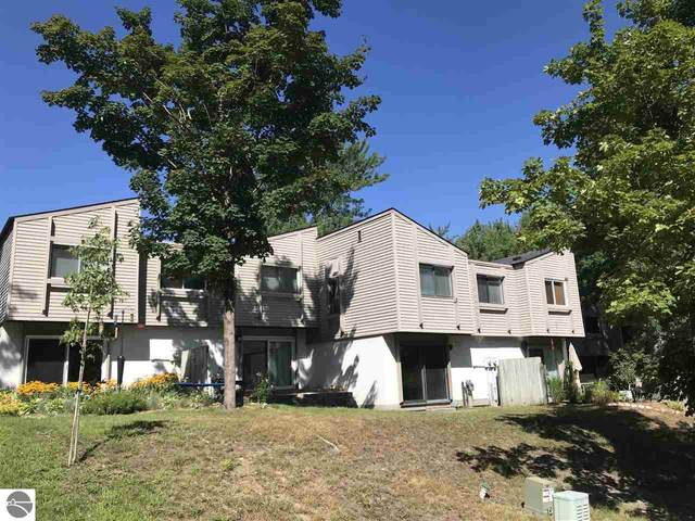 10741 S Timberlee Drive, Traverse City, MI 49684 (MLS #1879468) :: Brick & Corbett
