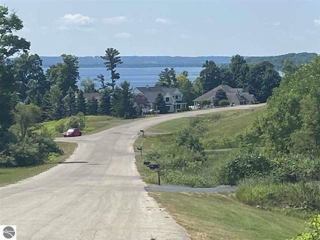 9641 Rolling Ridge Drive, Traverse City, MI 49686 (MLS #1879492) :: Michigan LifeStyle Homes Group
