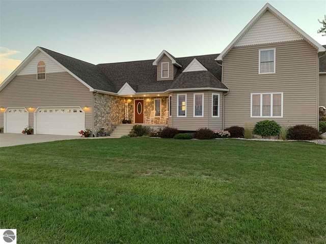 5676 E Saint Charles Road, Ithaca, MI 48847 (MLS #1879557) :: Michigan LifeStyle Homes Group