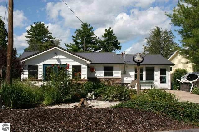 9230 NW Torch Bridge Court, Rapid City, MI 49676 (MLS #1879564) :: Michigan LifeStyle Homes Group