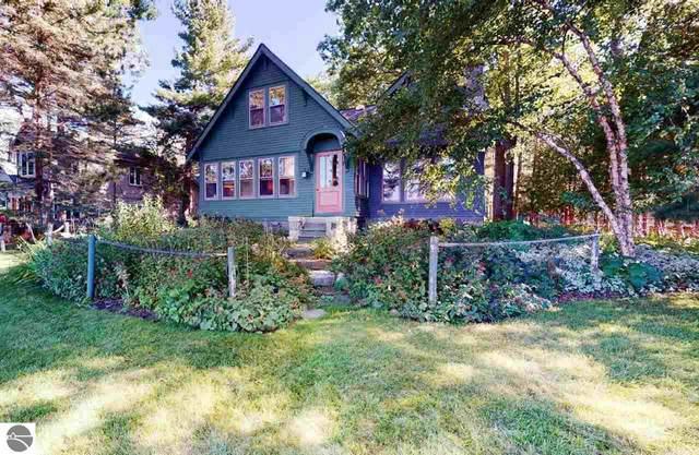200 Lakewood, Roscommon, MI 48653 (MLS #1879572) :: Michigan LifeStyle Homes Group