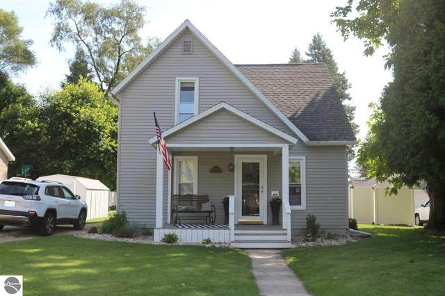 818 N River Avenue, Alma, MI 48801 (MLS #1879704) :: Michigan LifeStyle Homes Group