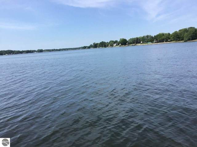 1000 Peninsula Drive, Lake Isabella, MI 48893 (MLS #1879721) :: Team Dakoske | RE/MAX Bayshore