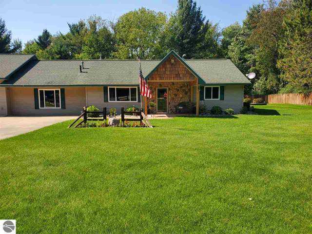 5612 SW Old Us-131 Sw, South Boardman, MI 49680 (MLS #1879734) :: Michigan LifeStyle Homes Group