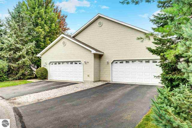 2947 Emerald Bluff #7, Traverse City, MI 49684 (MLS #1879757) :: Michigan LifeStyle Homes Group