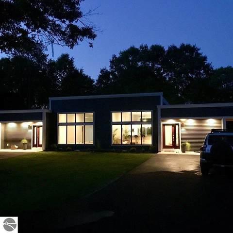 8906-A Manhattan North, Traverse City, MI 49685 (MLS #1879883) :: Michigan LifeStyle Homes Group