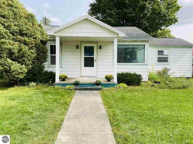 213 S Cherry, Kalkaska, MI 49646 (MLS #1879931) :: Michigan LifeStyle Homes Group