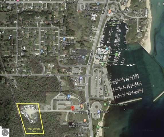 0 S West Bay Shore #4, Traverse City, MI 49684 (MLS #1879969) :: CENTURY 21 Northland