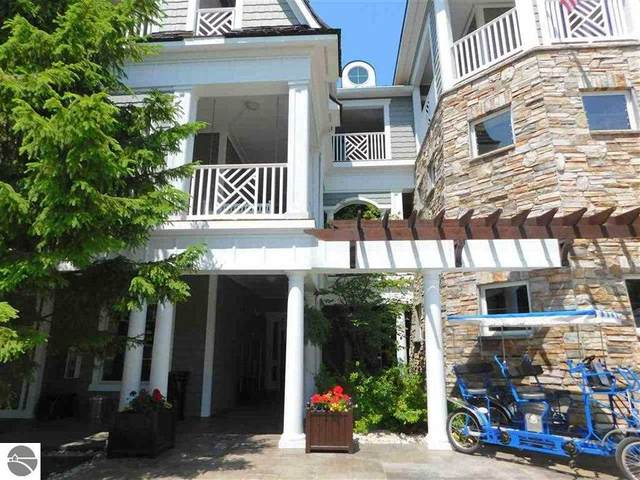 5707 S Lake Street 1 C, Glen Arbor, MI 49636 (MLS #1880021) :: Brick & Corbett