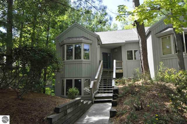 9A Brook Hill Condo, Glen Arbor, MI 49636 (MLS #1880040) :: Brick & Corbett