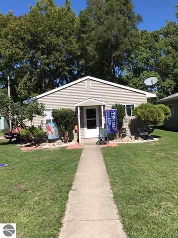 1012 Robert Street, Mt Pleasant, MI 48858 (MLS #1880089) :: Brick & Corbett