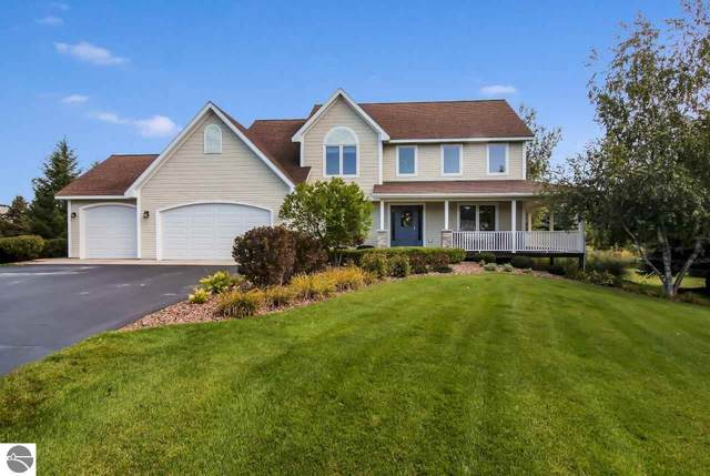 2963 Ridge Trail Drive, Traverse City, MI 49684 (MLS #1880136) :: Michigan LifeStyle Homes Group
