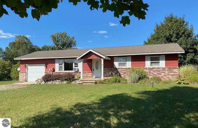 975 S Intermediate Lake Road, Central Lake, MI 49622 (MLS #1880182) :: Michigan LifeStyle Homes Group