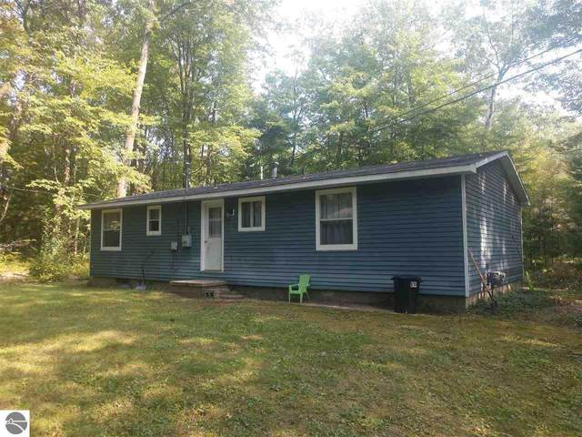 1030 S First Street, Au Gres, MI 48703 (MLS #1880208) :: Michigan LifeStyle Homes Group