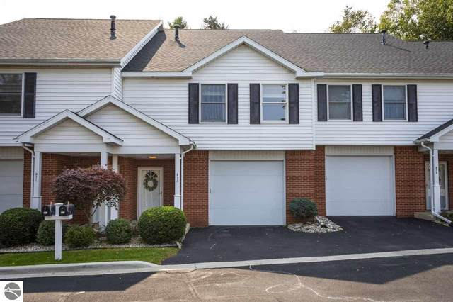 573 Georgetown Place, Traverse City, MI 49684 (MLS #1880267) :: Michigan LifeStyle Homes Group