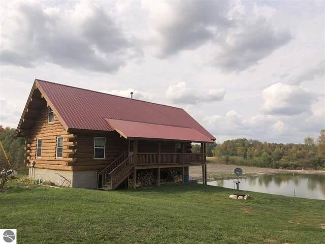 9608 19 Mile Road, Tustin, MI 49688 (MLS #1880301) :: Michigan LifeStyle Homes Group