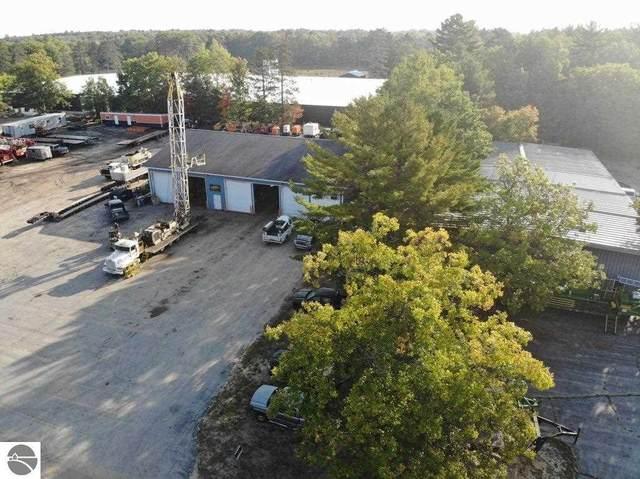 205 E Park Drive, Kalkaska, MI 49646 (MLS #1880334) :: Michigan LifeStyle Homes Group