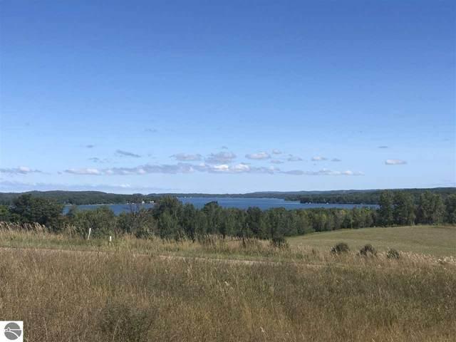 4860 E Water View Drive, Lake Leelanau, MI 49653 (MLS #1880409) :: Boerma Realty, LLC