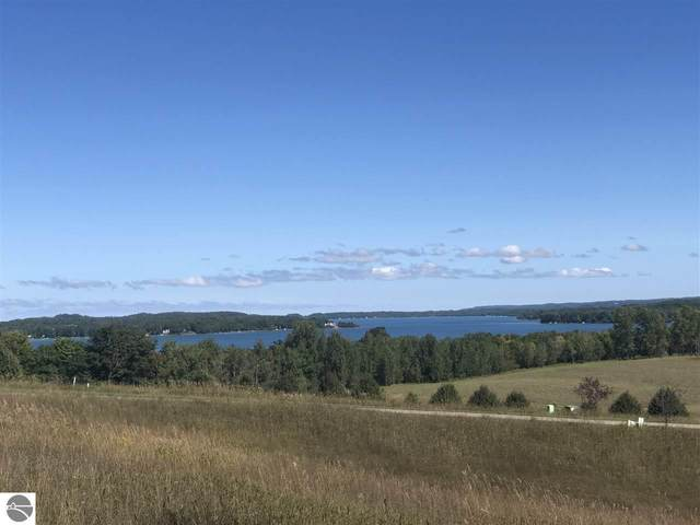 4868 E Water View Drive, Lake Leelanau, MI 49653 (MLS #1880410) :: Boerma Realty, LLC
