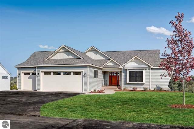 2698 W Crown Drive, Traverse City, MI 49685 (MLS #1880504) :: Boerma Realty, LLC