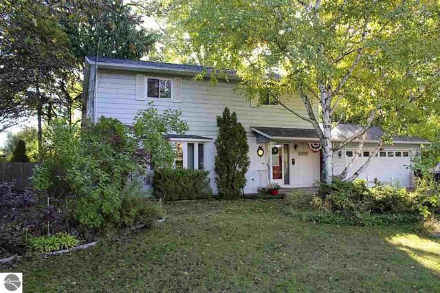1863 Belmont Drive, Mt Pleasant, MI 48858 (MLS #1880749) :: Brick & Corbett