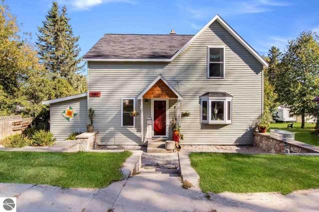 9083 S Hewitt Street, Cedar, MI 49621 (MLS #1880765) :: Brick & Corbett