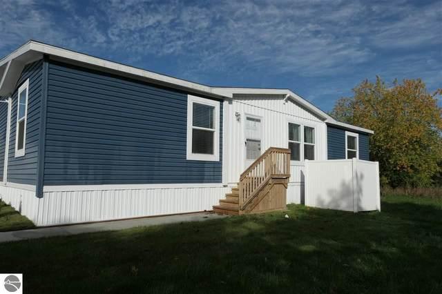 5280 S Mission Road Model 732, Mt Pleasant, MI 48858 (MLS #1880985) :: Boerma Realty, LLC