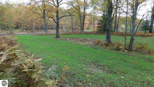 40 Acres Yellow Gate Trail, Hubbard Lake, MI 49747 (MLS #1881039) :: Michigan LifeStyle Homes Group