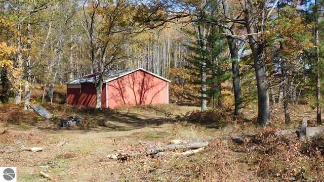 40 A Yellow Gate Trail, Hubbard Lake, MI 49747 (MLS #1881040) :: Michigan LifeStyle Homes Group