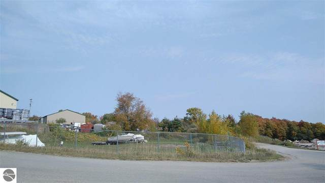 633 Blue Star Court, Traverse City, MI 49685 (MLS #1881051) :: Boerma Realty, LLC