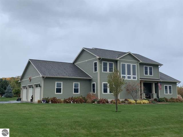 3859 Smokey Cove Drive, Traverse City, MI 49686 (MLS #1881110) :: Brick & Corbett