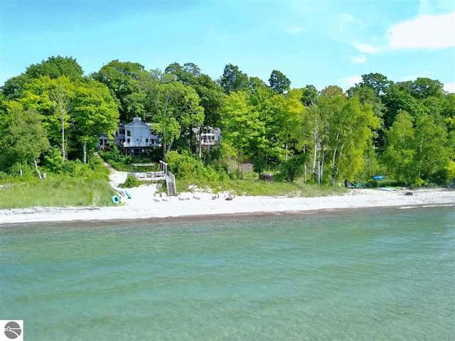 220 S Manitou Trail, Lake Leelanau, MI 49654 (MLS #1881266) :: Michigan LifeStyle Homes Group