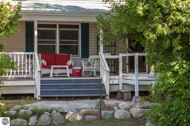 6801 E Birch Point Road, Traverse City, MI 49684 (MLS #1881300) :: Boerma Realty, LLC
