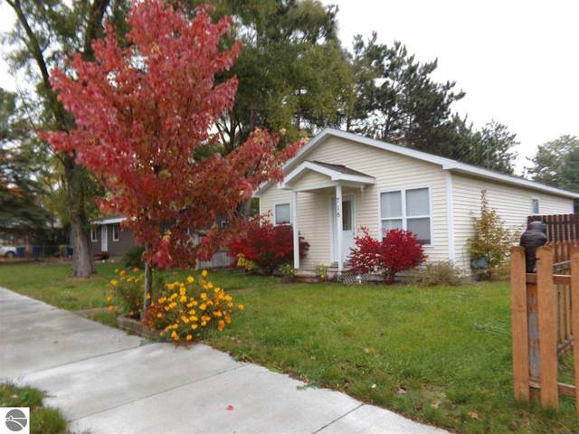 715 Grant Street, Traverse City, MI 49686 (MLS #1881307) :: Boerma Realty, LLC