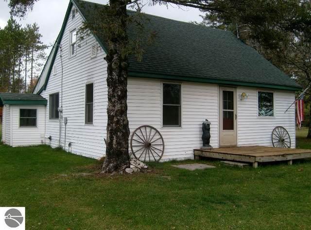 2936 SE Elm Street, Kalkaska, MI 49646 (MLS #1881356) :: CENTURY 21 Northland